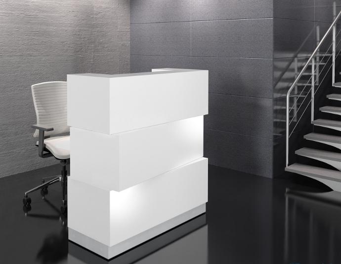 Empfangstresen Cube in weiß, höhenverstellbar und auf Rollen